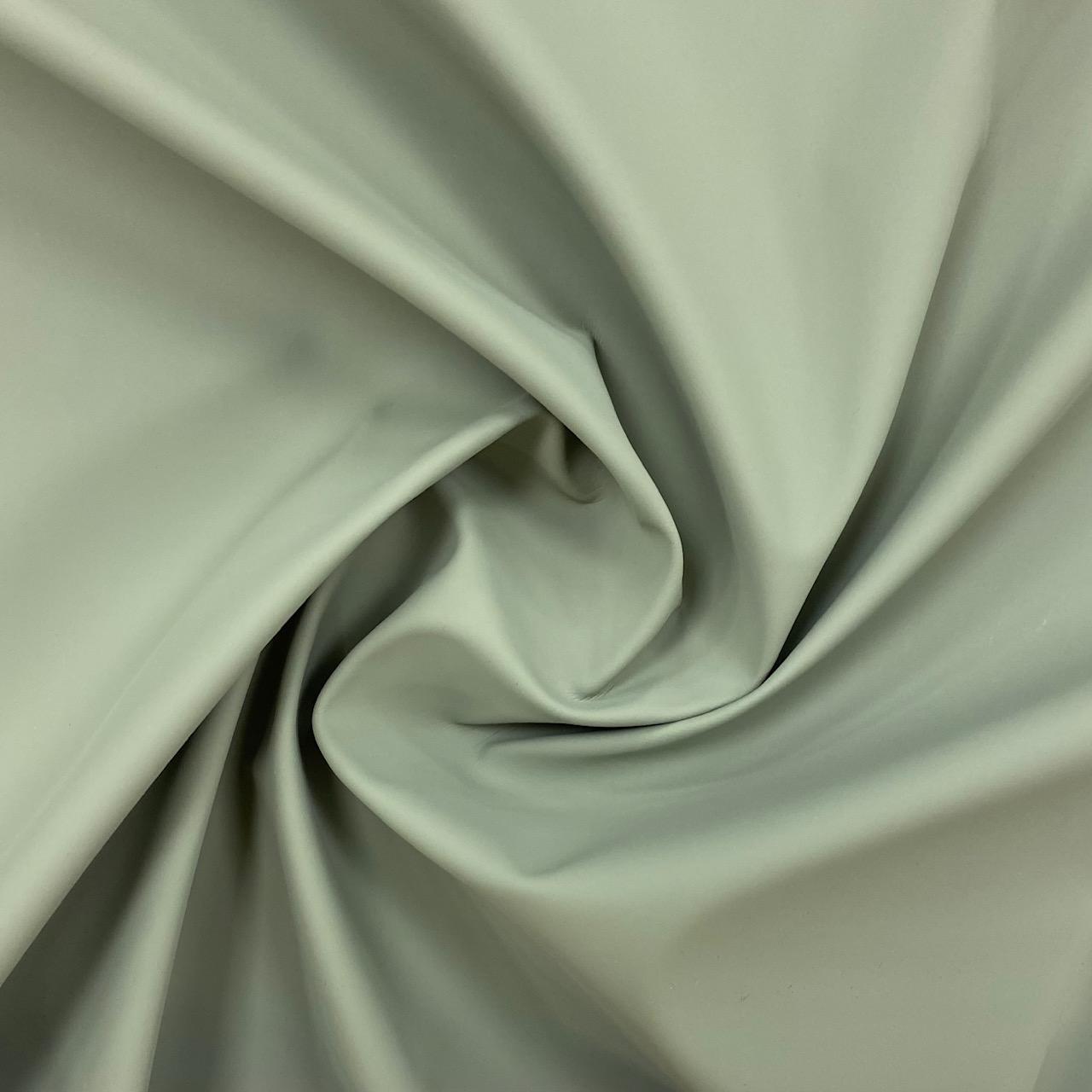 Regenjackenstoff, graugrün. Art. 130631.02