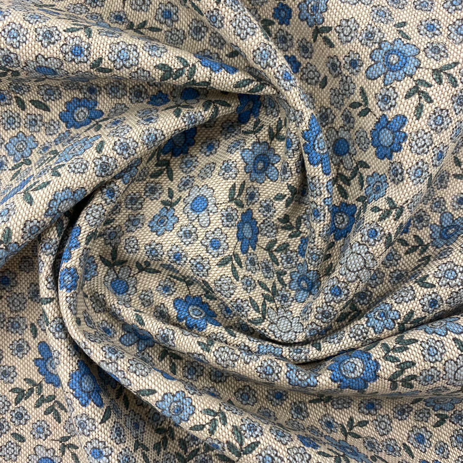 Dekostoff, blaue Blumen. Art. SW12398