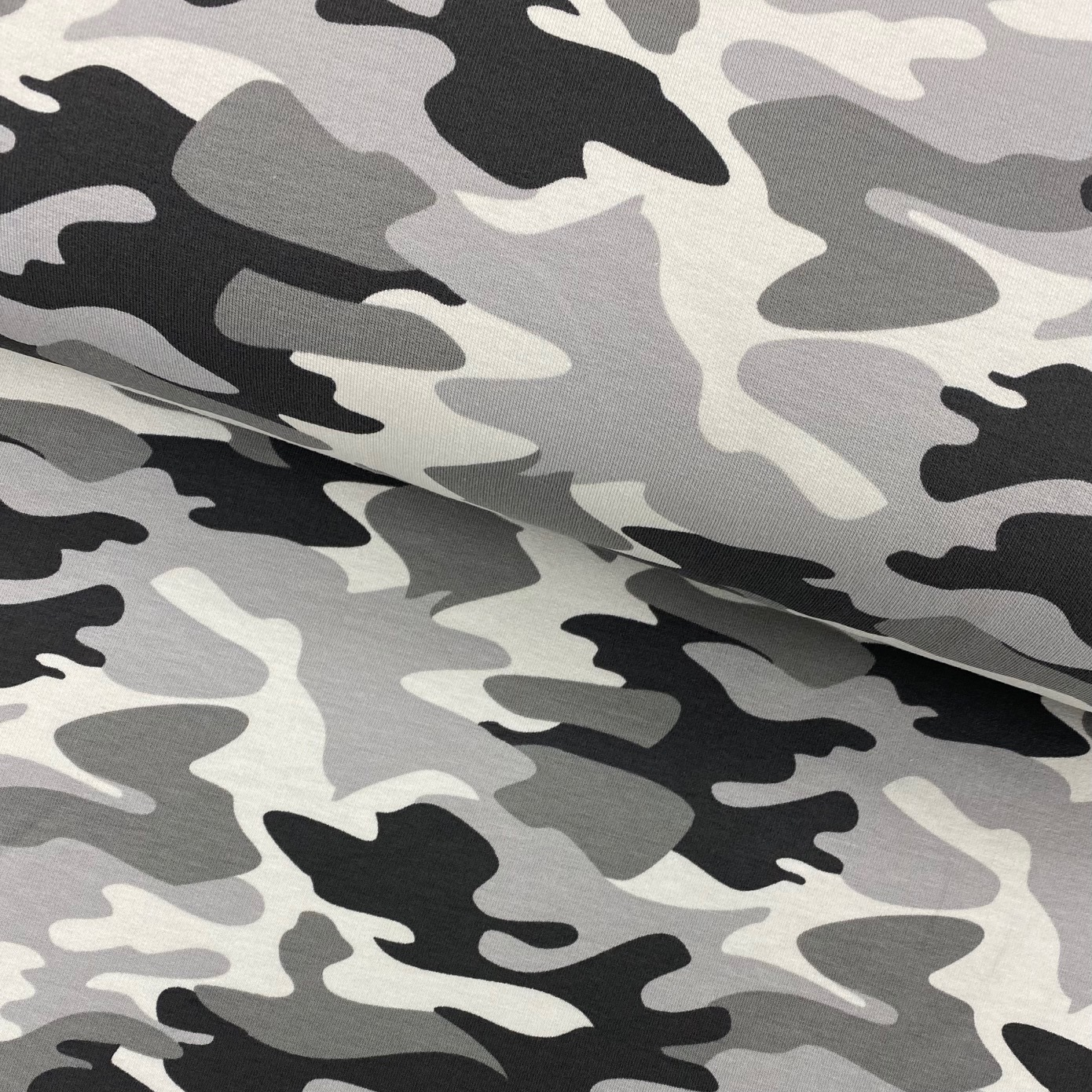 Sweat French Terry, angeraut, Camouflage dunkelgrau/beige.  Art. 4979-1264