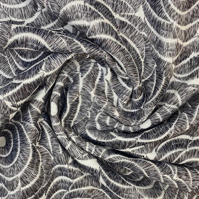 Viskosenstoff Stickerei, weiß/grau. Art. SW11456